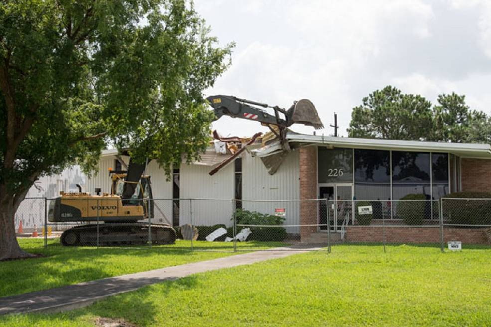 Demolition of Building 226 at NASA JSC | NASA