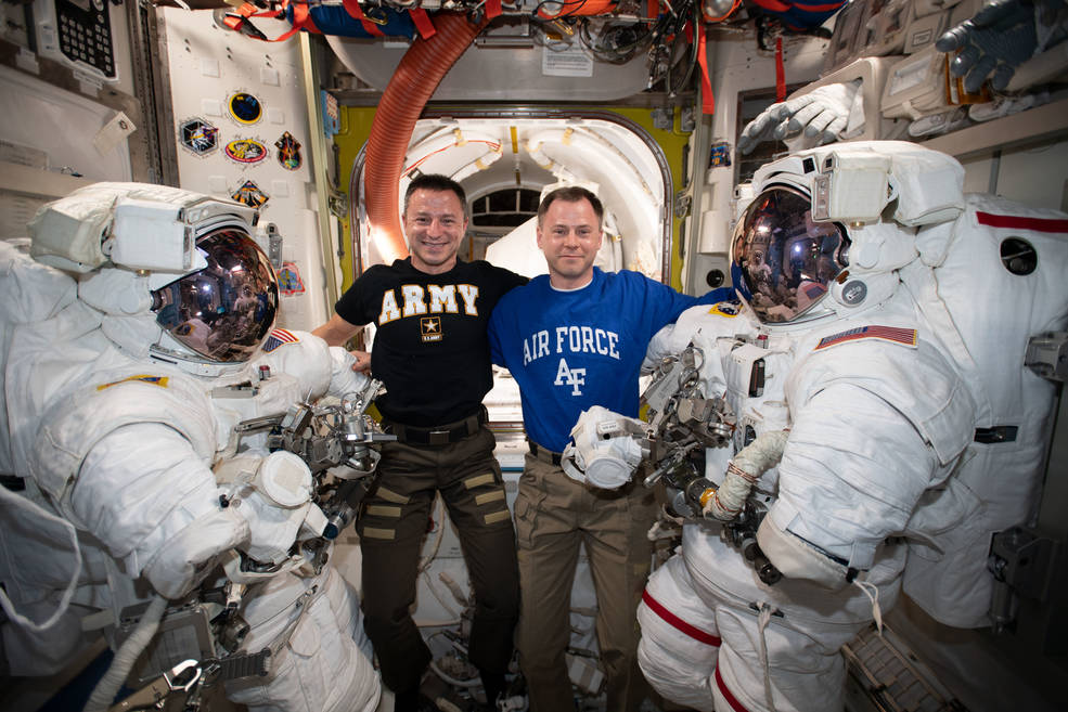 astronauts aboard the international space station - photo #28