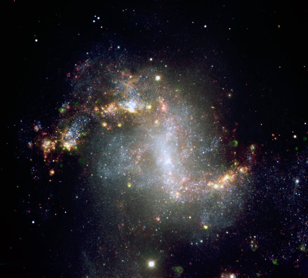 This image, taken with the European Southern Observatory's Very Large Telescope, shows the central region of galaxy NGC1313.