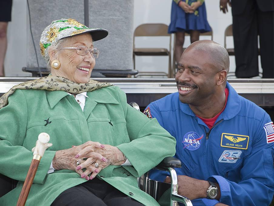 Katherine Johnson and astronaut Leland Melvin