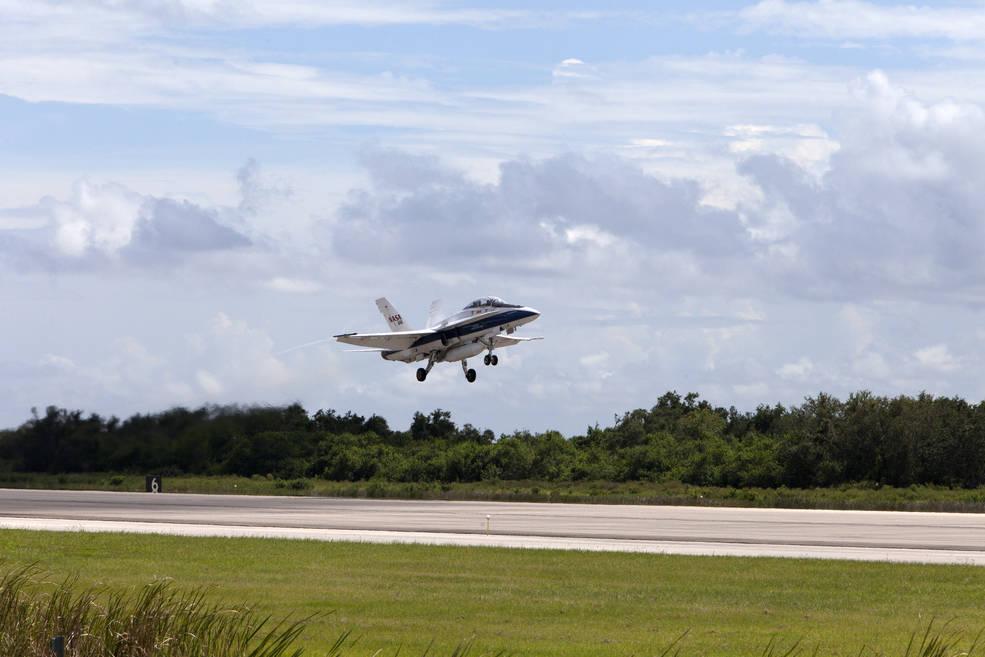 NASA Armstrong's F/A-18 aircraft