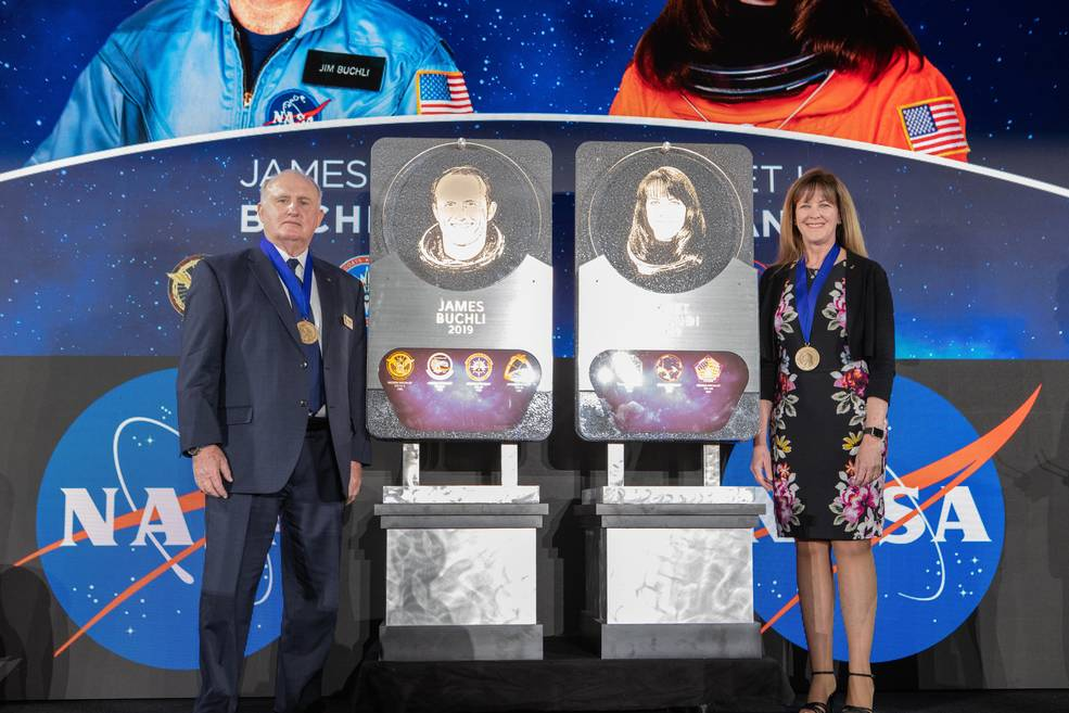Former NASA astronauts Jim Buchli and Janet Kavandi are inducted into the U.S. Astronaut Hall of Fame Class of 2019