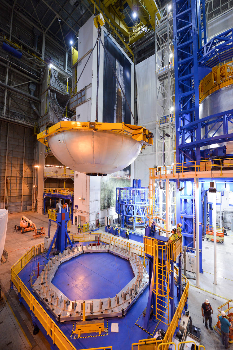 NASA Clears Liquid Oxygen Dome for Use in SLS Test Article