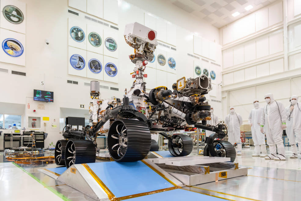 Engineers observed the first driving test for NASA's Mars 2020 rover in a clean room
