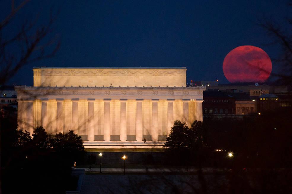 Superluna vista en EE.UU. el pasado 20 de Marzo de 2011