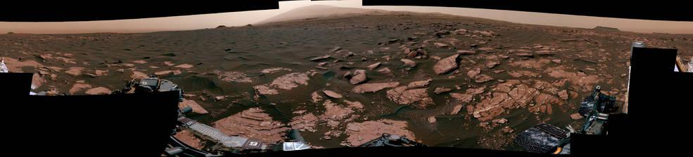 360-degree scene from the Mastcam on NASA's Curiosity Mars rover