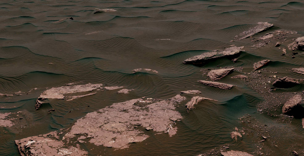 View from the Mast Camera (Mastcam) on NASA's Curiosity Mars rover