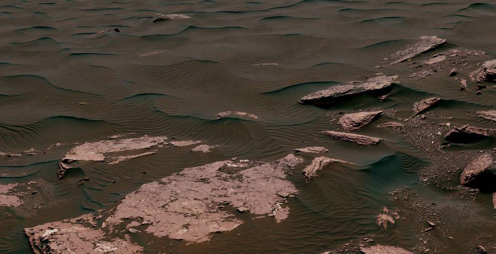 View from the Mast Camera (Mastcam) on NASA's Curiosity Mars rover