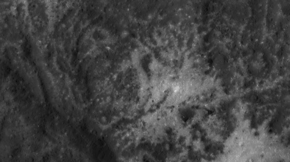 Close-up image of the Vinalia Faculae in Occator Crater