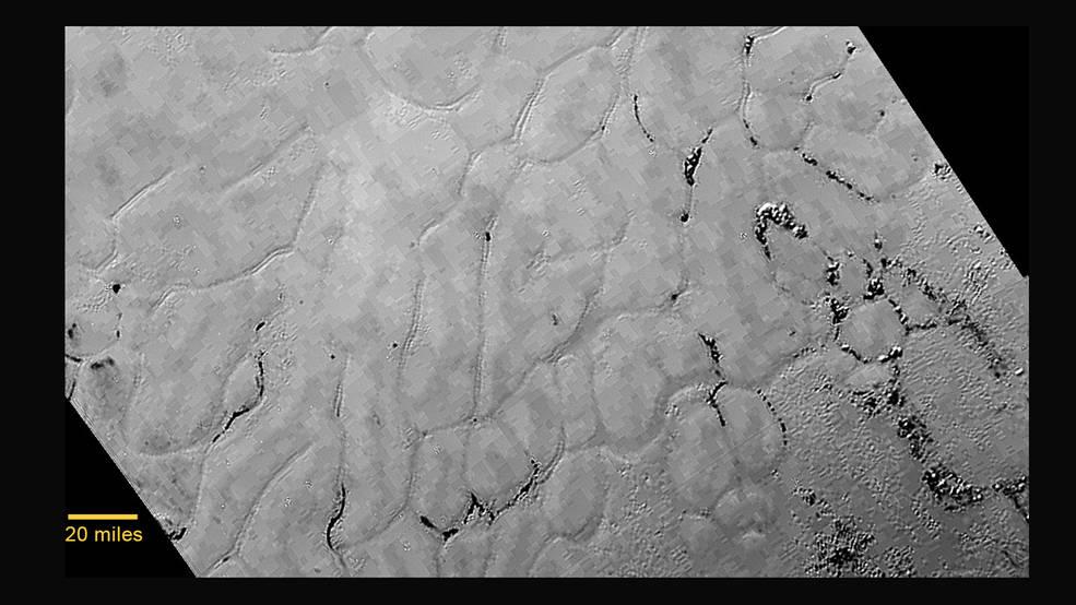Primer de la Función en forma de corazón superficie de Plutón Mostrando llano