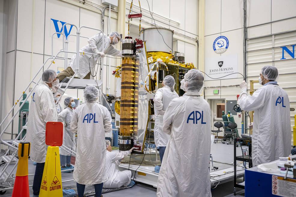 La misión de demostración de tecnología DART, de la NASA, en sus últimos preparativos