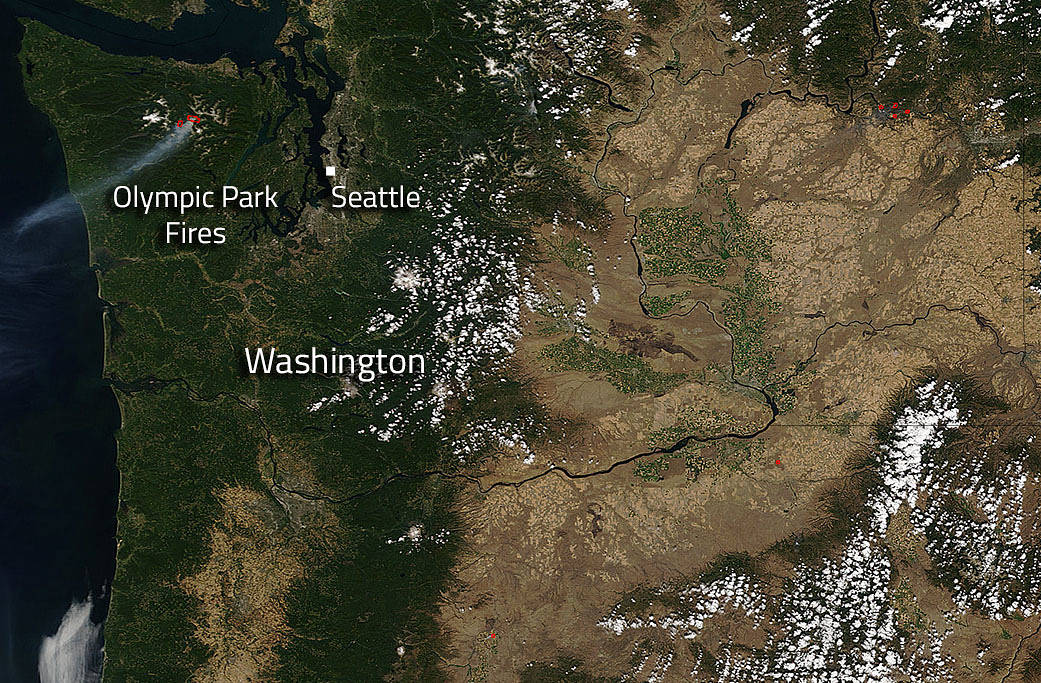 Dozens Of Wildfires In Western United States NASA - Washington state falling off the us map