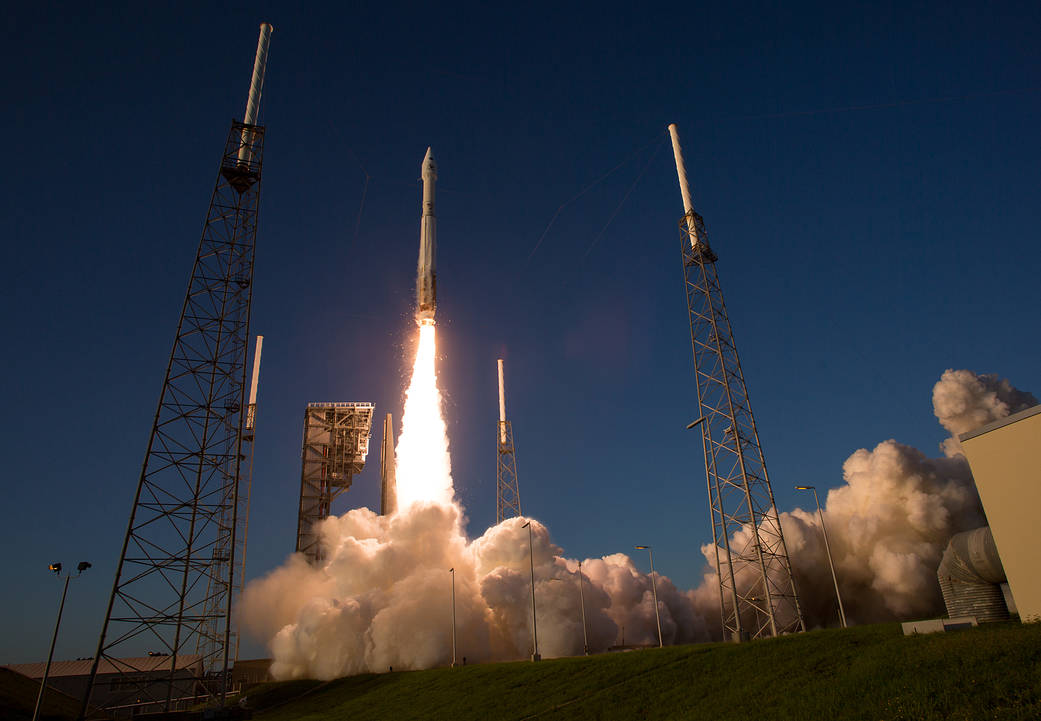 Liftoff of Atlas V rocket with OSIRIS-REx spacecraft