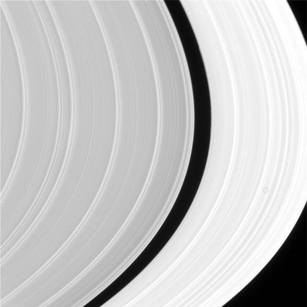 Closeup of Saturn rings