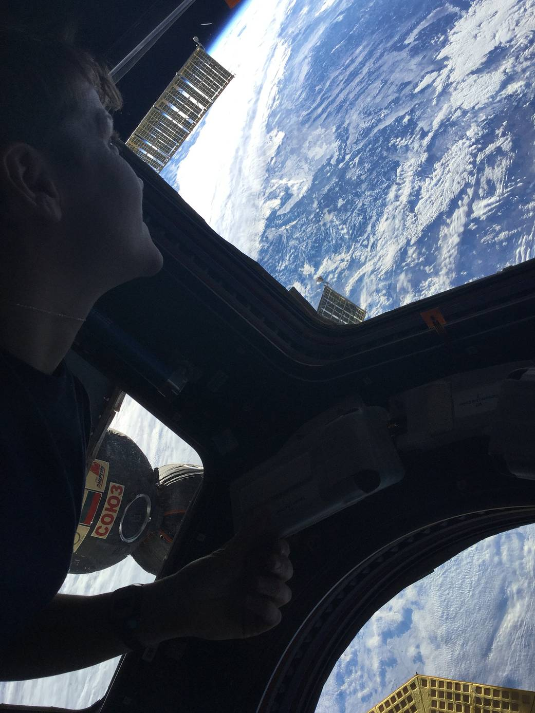 Astronaut Anne McClain's first photo from the Space Station