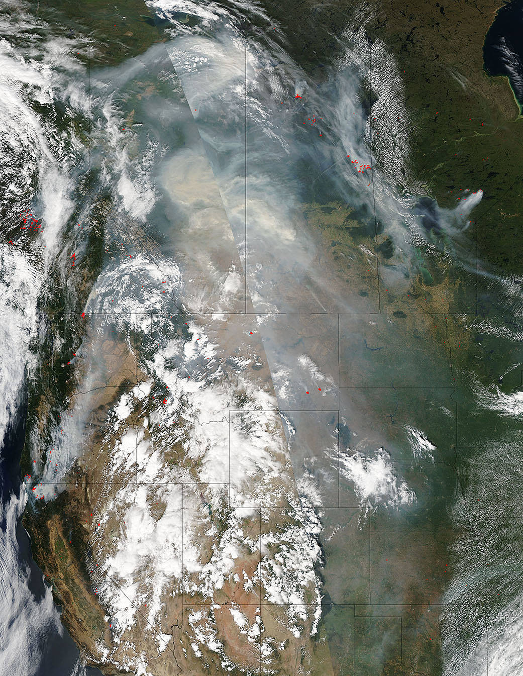 Smoke from Canadian wildfires