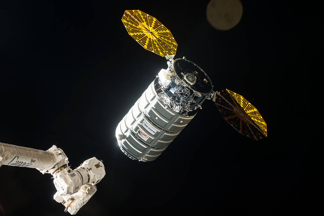 Cygnus Approaches the International Space Station