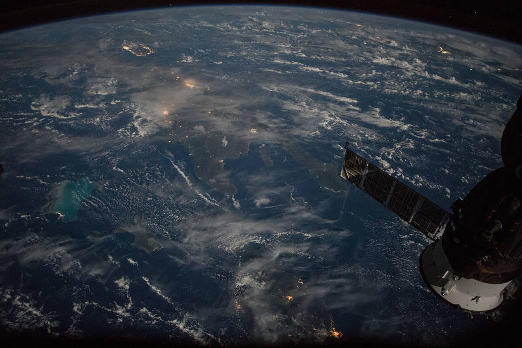 Kuba, Dominikanische Republik und Puerto Rico vom Weltraum aus gesehen.