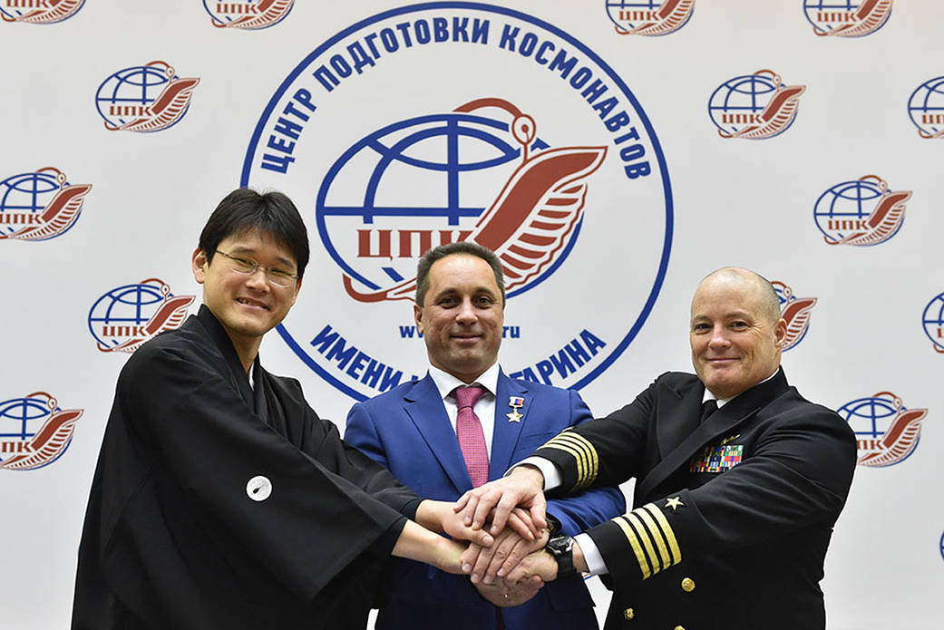Expedition 54-55 Crew Members in Star City