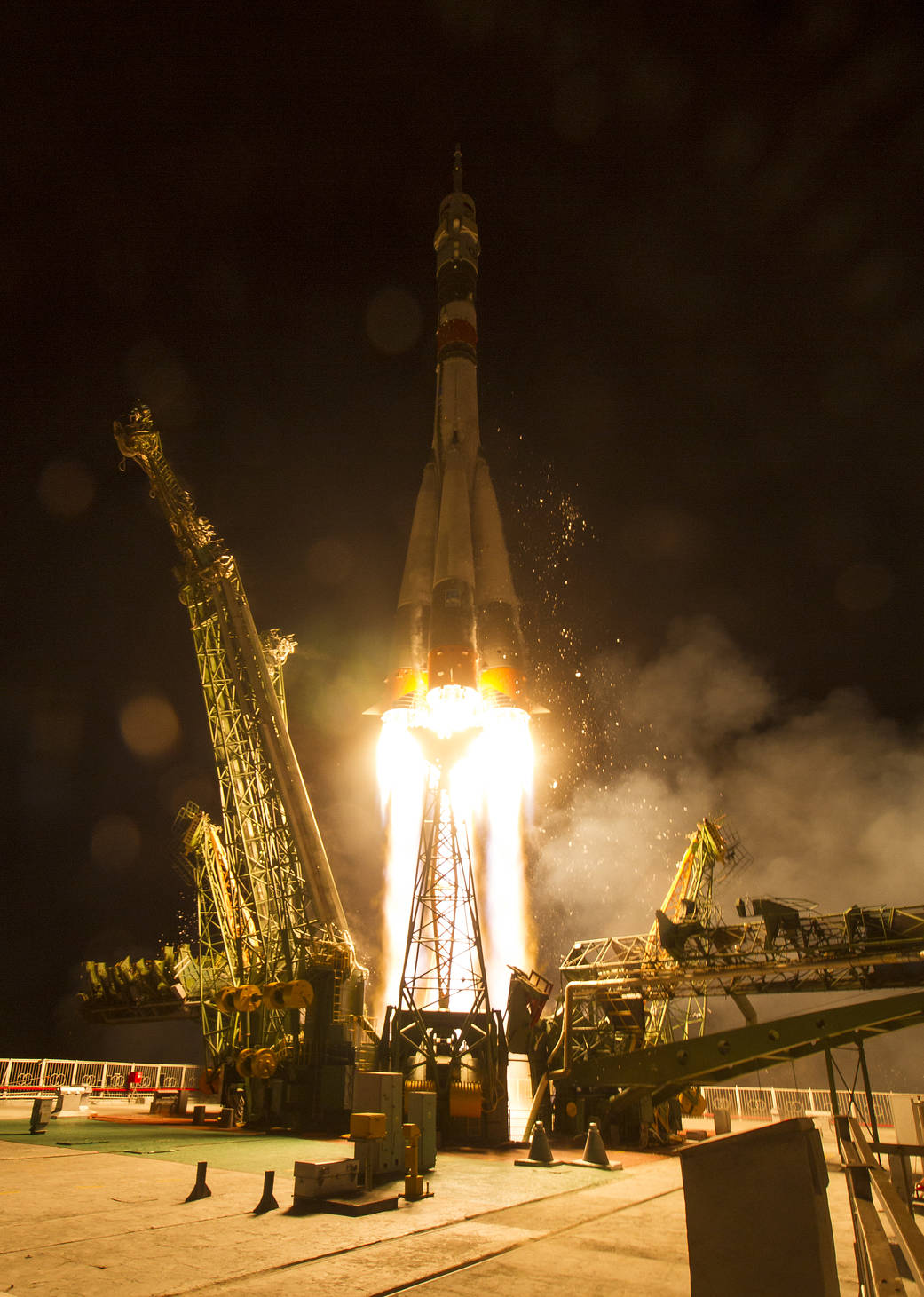 Liftoff of Soyuz rocket from Baikonur Cosmodrome
