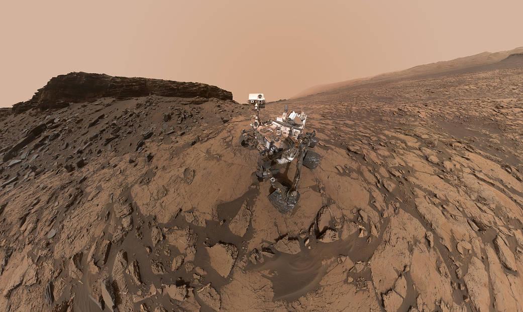 September 2016 self-portrait of NASA's Curiosity Mars rover