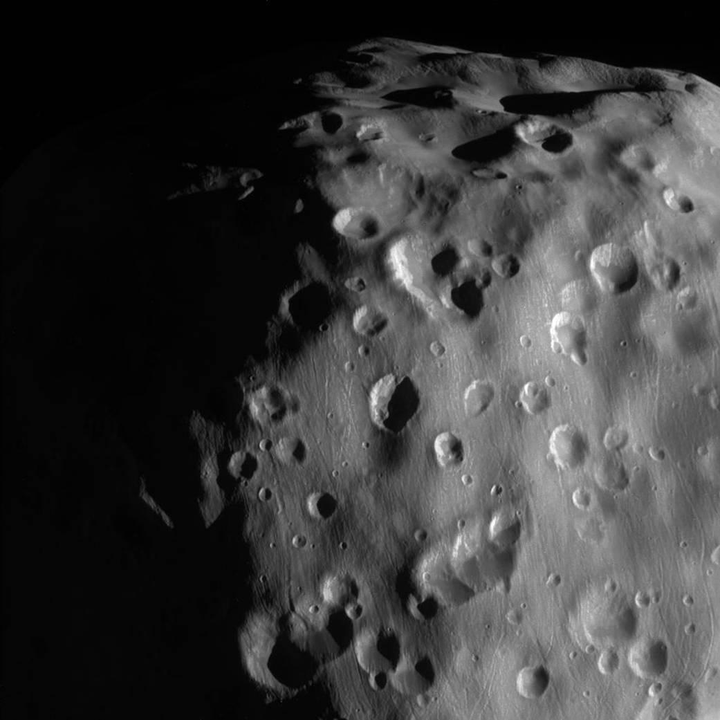 Zoom-in on Epimetheus