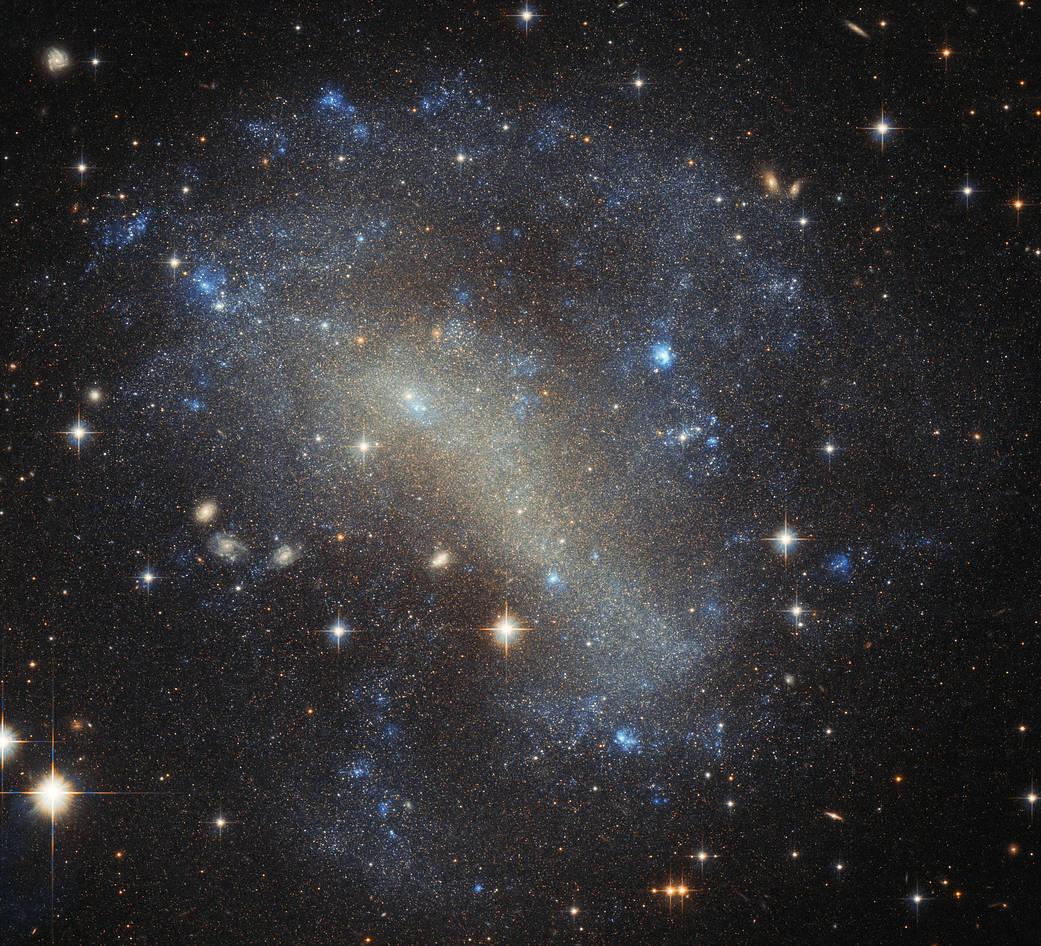 Hubble's Frenzy of Stars Potw1809a