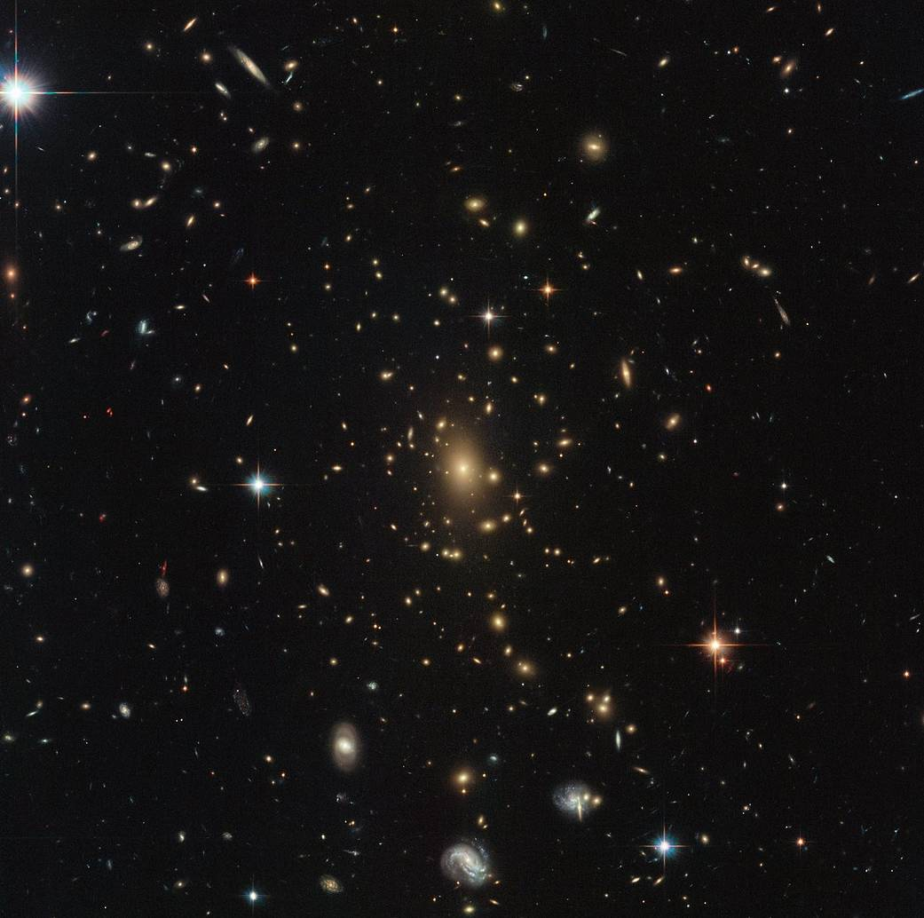 Hubble image of RXC J2211.7-0350