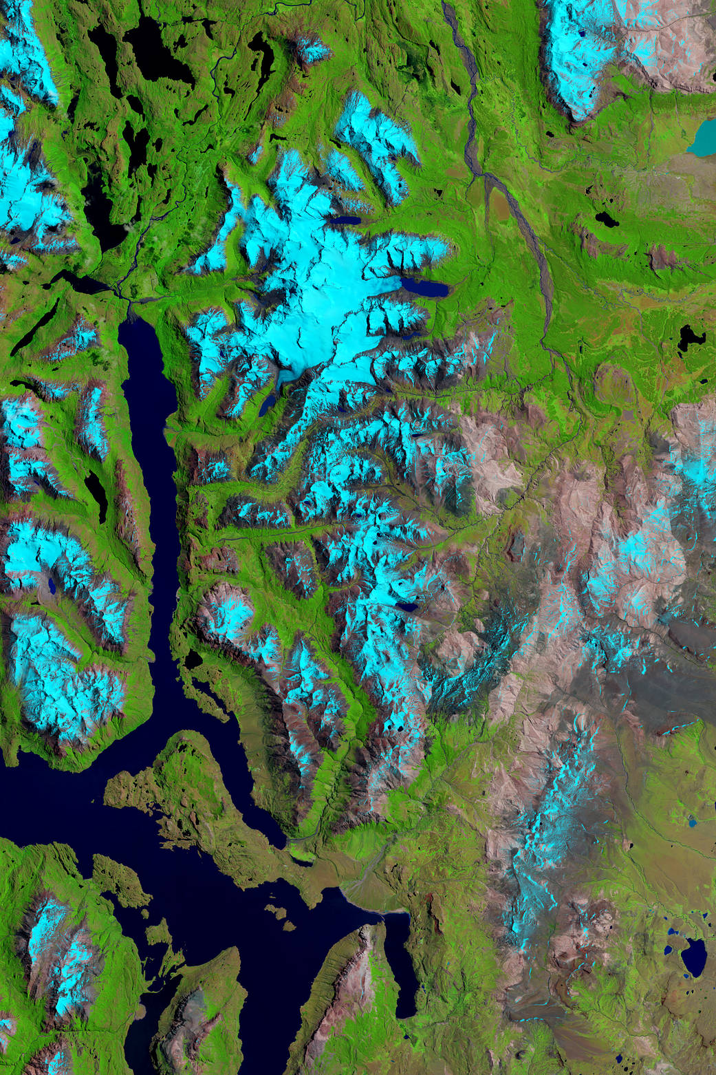 This image, acquired by the Operational Land Imager (OLI) on Landsat 8, shows the glaciers of Sierra de Sangra on Jan. 14, 2015.