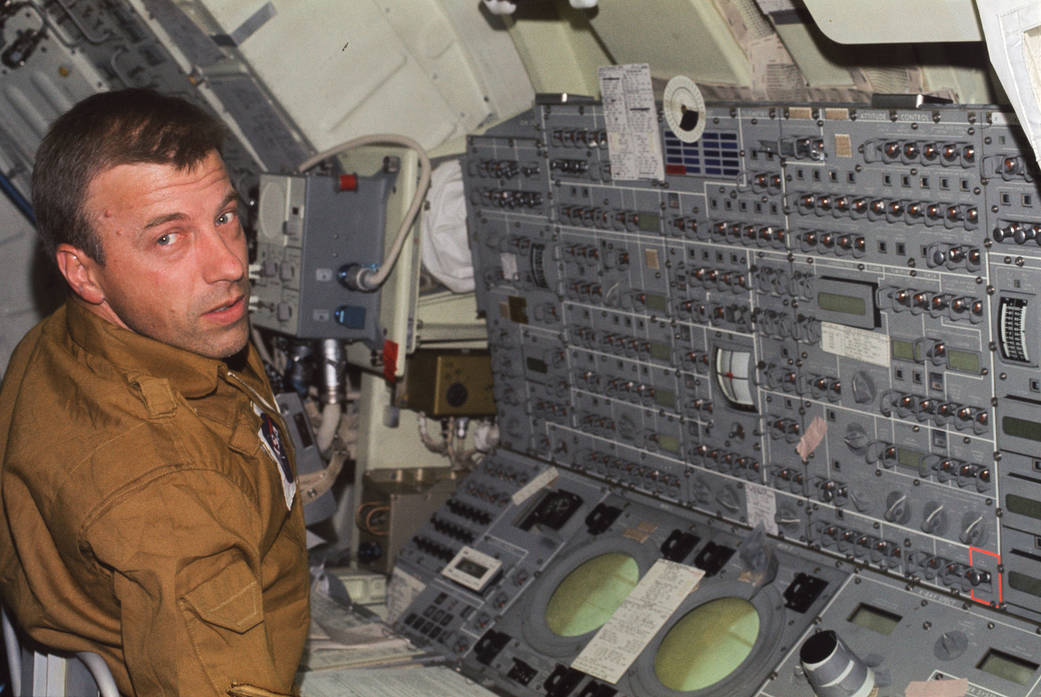 Astronaut Paul Weitz at console of Skylab space station