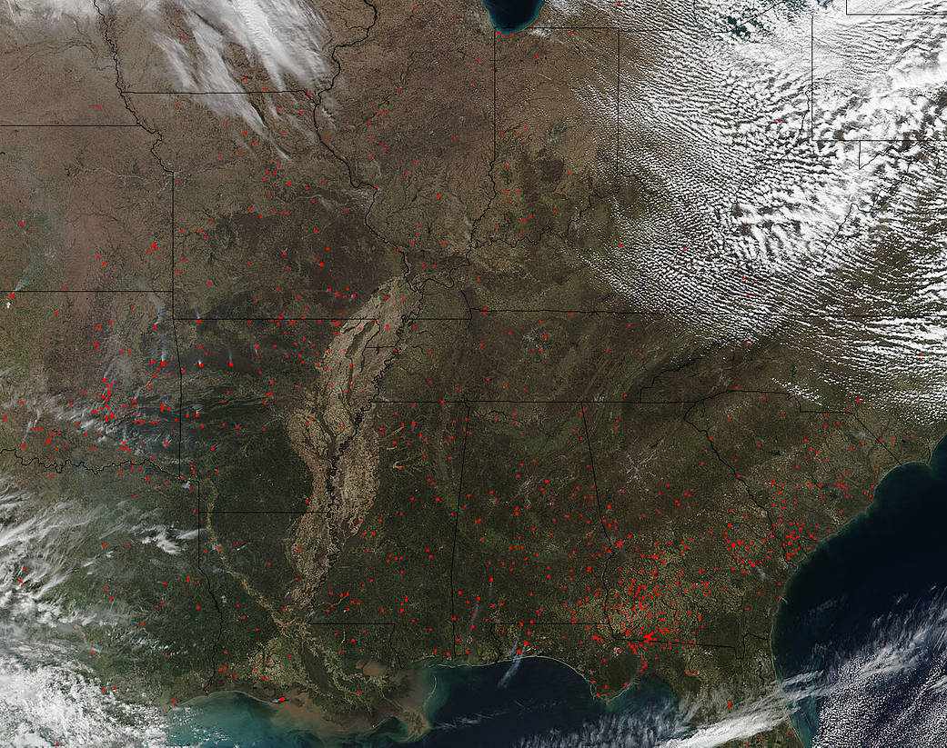 Fires Dot The Middle And Eastern United States