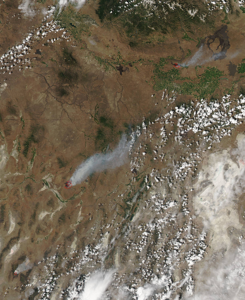 satellite image of western U.S. fires