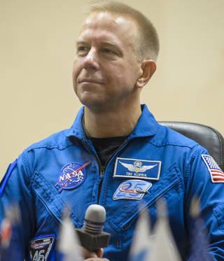 Expedition 46 Flight Engineer Tim Kopra of NASA