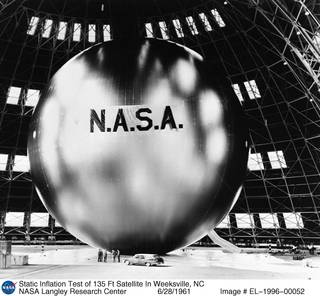 Static inflation test of Echo satellite in Weeksville, N.C., NASA photo ID: EL-1996-00052 5277461725_34624f8a73_o.jpg