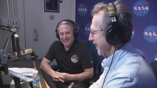 New Horizons Principal Investigator Alan Stern of the Southwest Research InsDr. Jim Green, NASA's director of planetary science.