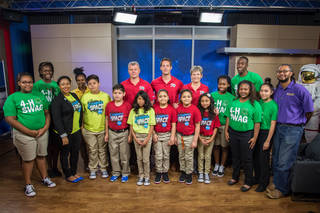 Astronaut Peggy Whitson and 4-H students