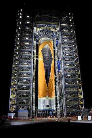 Inženýři NASA schválně nechali prasknout nádrž rakety SLS, aby ověřili její výdrž