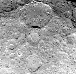 Ceres's overflade fotograferet af DAWN sonden i maj 2015