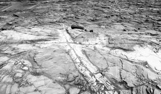 [Topic unique] Le robot Curiosity sur Mars  - Page 66 Pia20268_sol1183_navcam