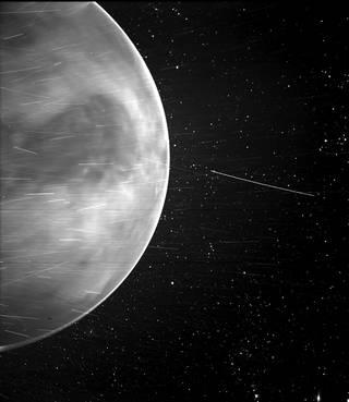 La Parker Solar Probe de la NASA descubre una emisión de radio, de origen natural, en la atmósfera de Venus