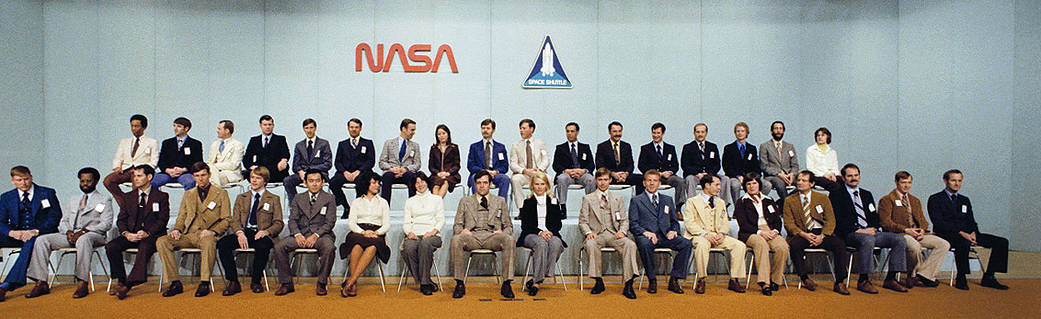 Group photo of the astronaut class of 1978