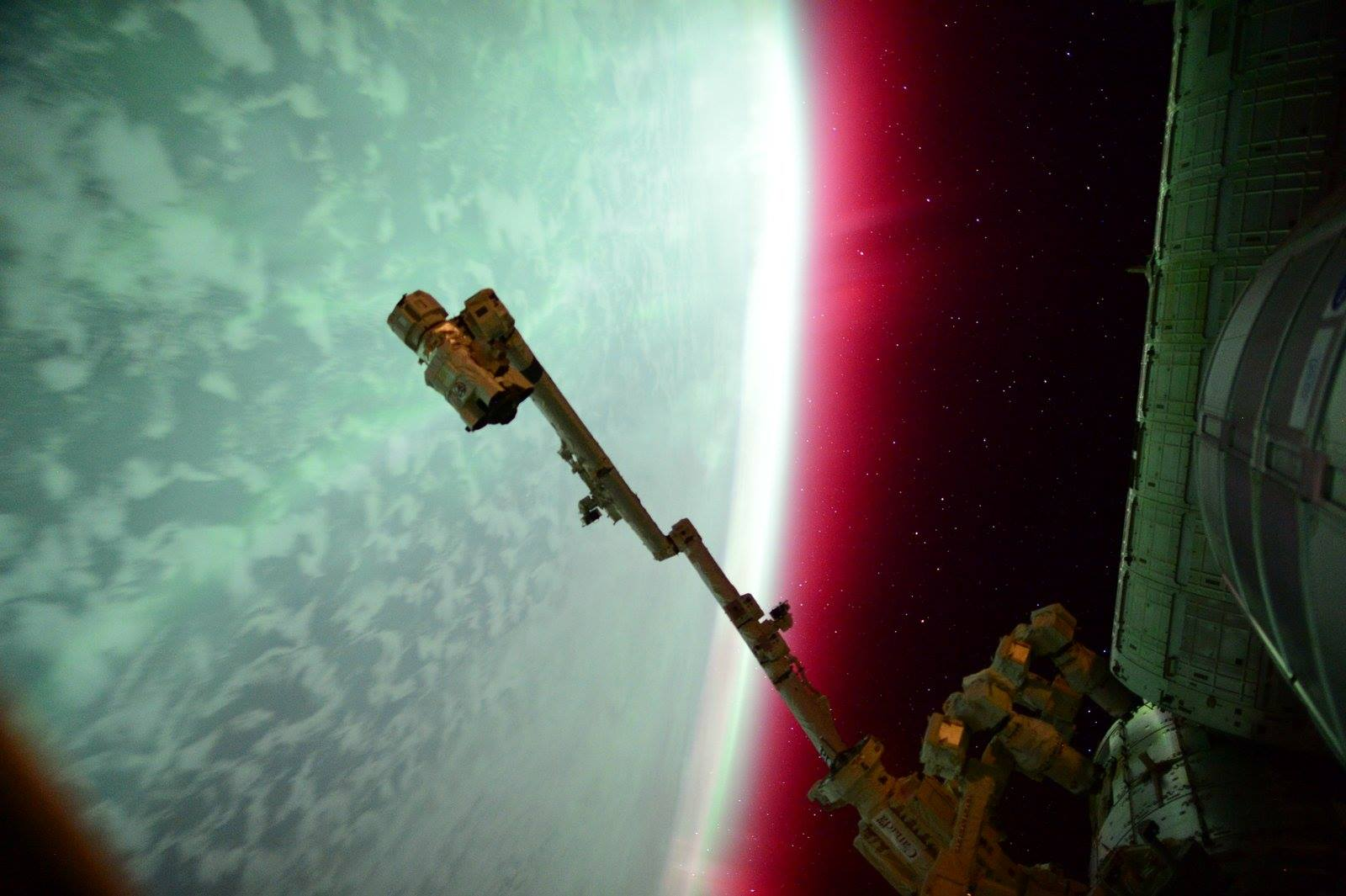 Lights of an Aurora From the International Space Station ...