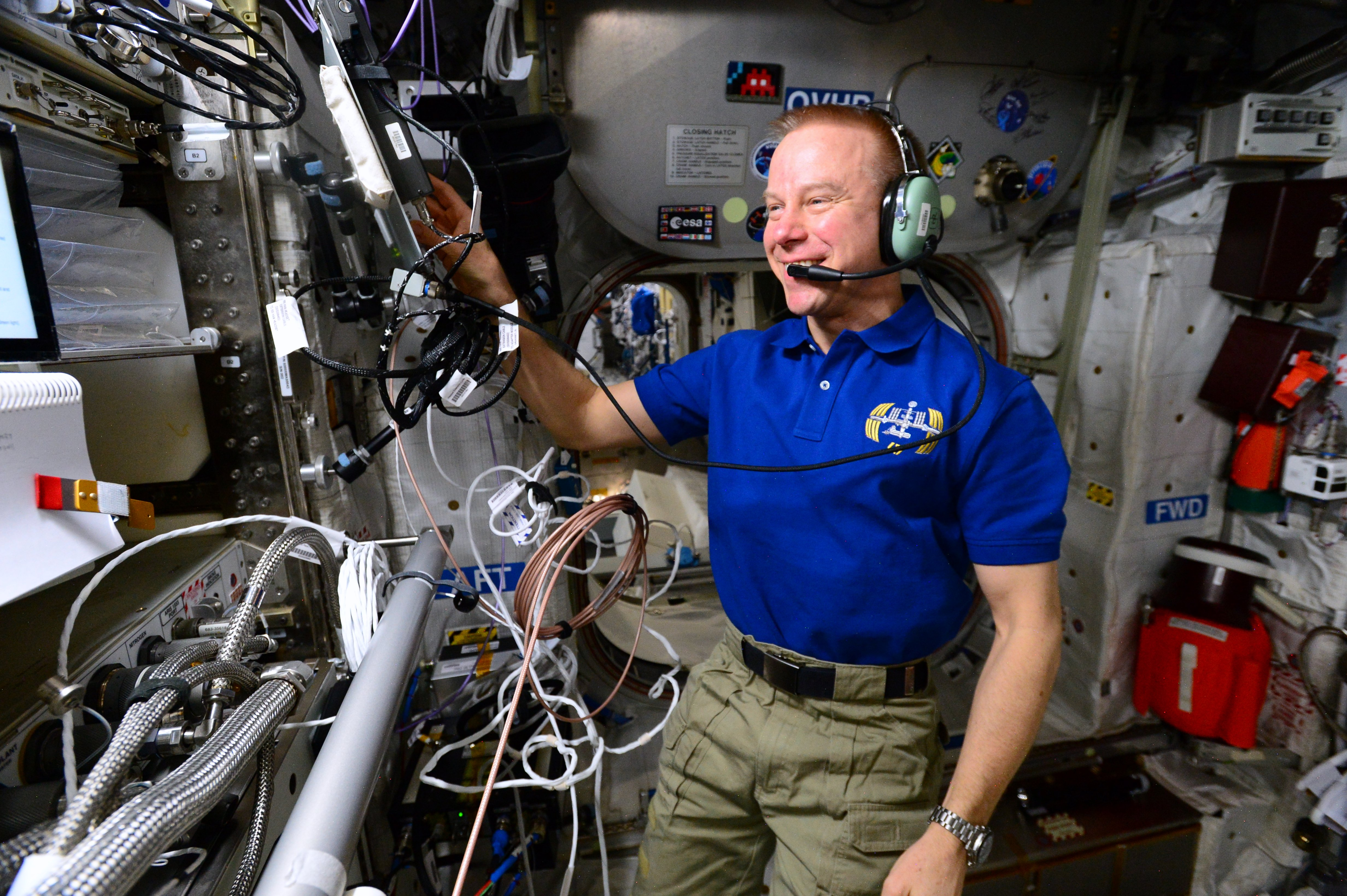 major competition stations ham radio Space Station Astronauts Ham it Up to Inspire Student Scientists