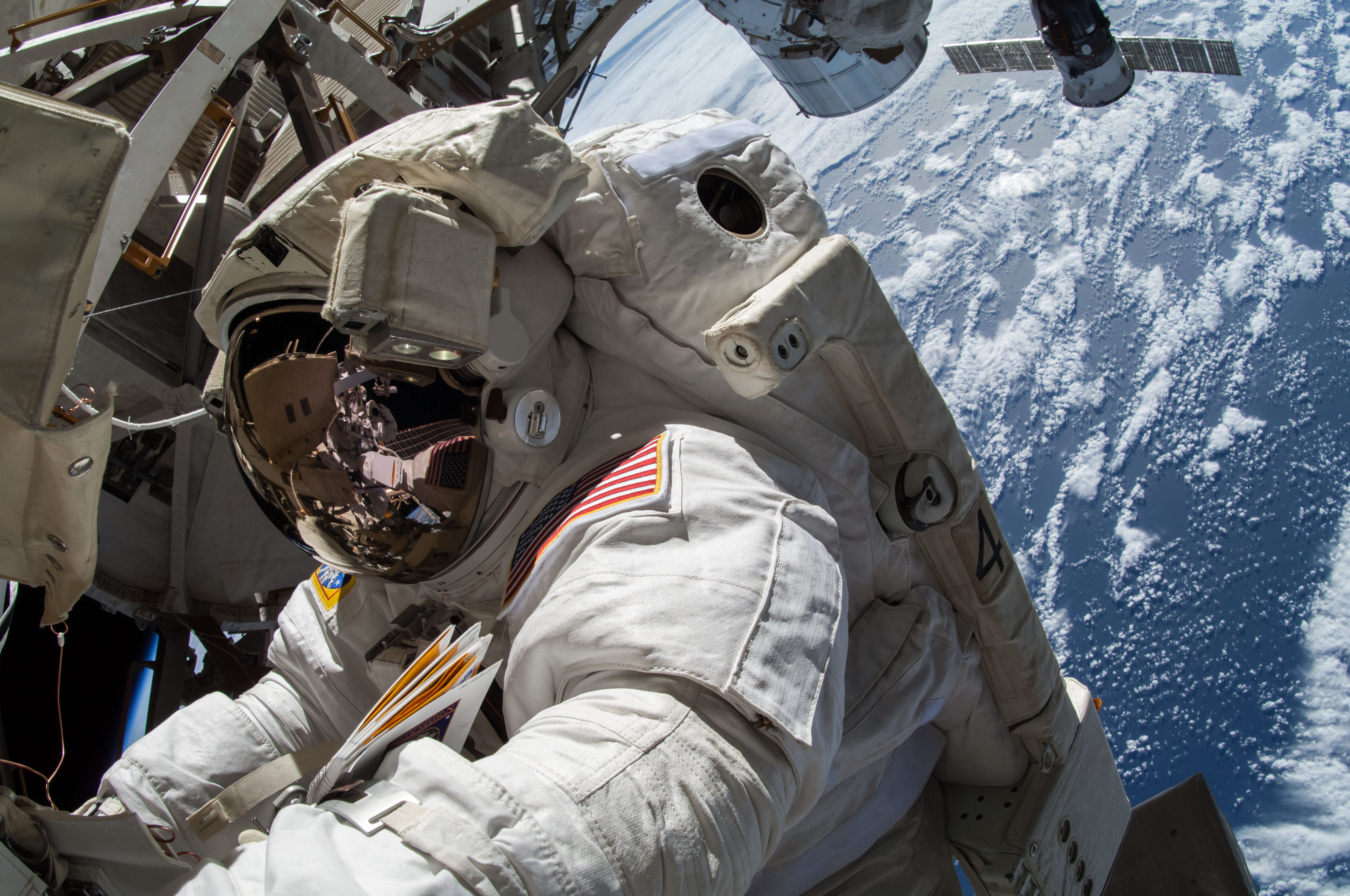 Be an Astronaut: NASA Accepting Applications for Future ...