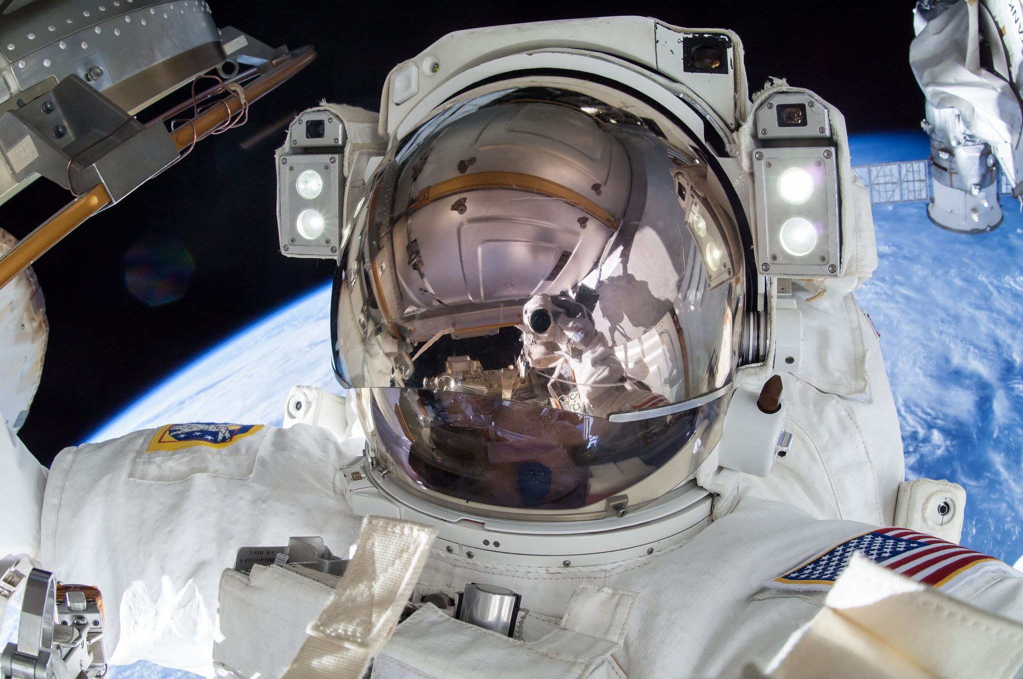astronaut plugs hole in space station - photo #43