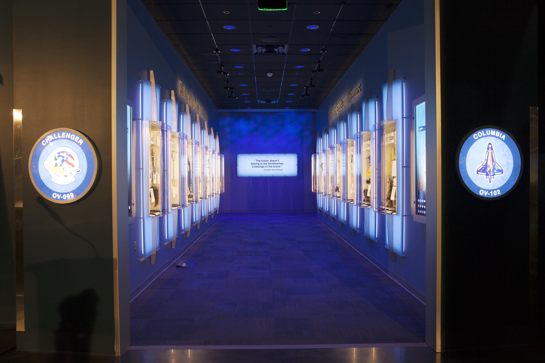 kennedy space center apollo exhibit - photo #31