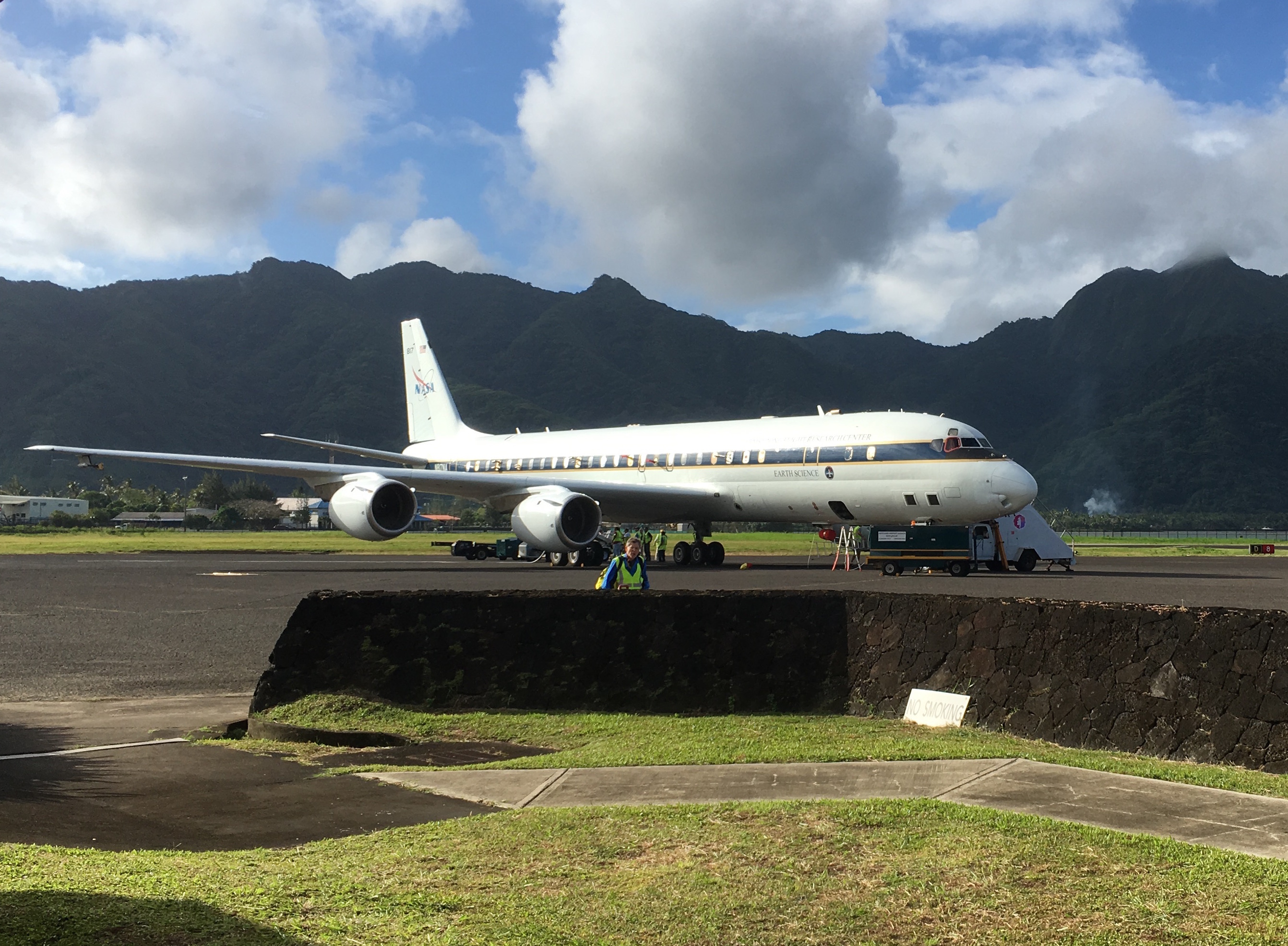 Msm cargo tracking - Nasa S Dc 8 Flying Laboratory Stopped In American Samoa During The First Round Of Atom