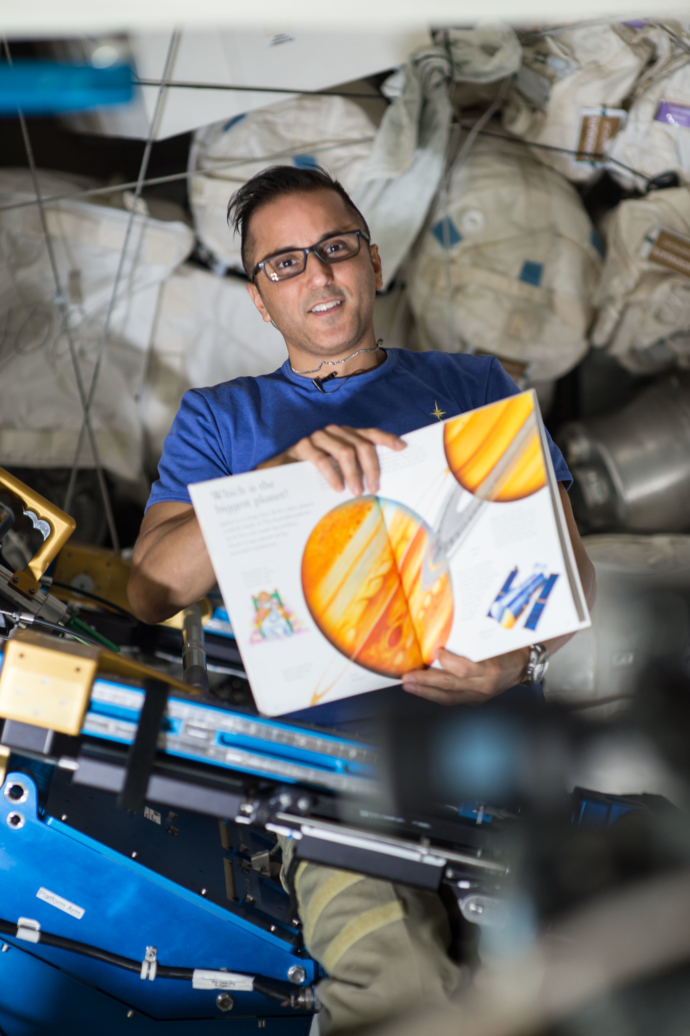 Joe Acaba: Geologist and Teacher Turned Astronaut
