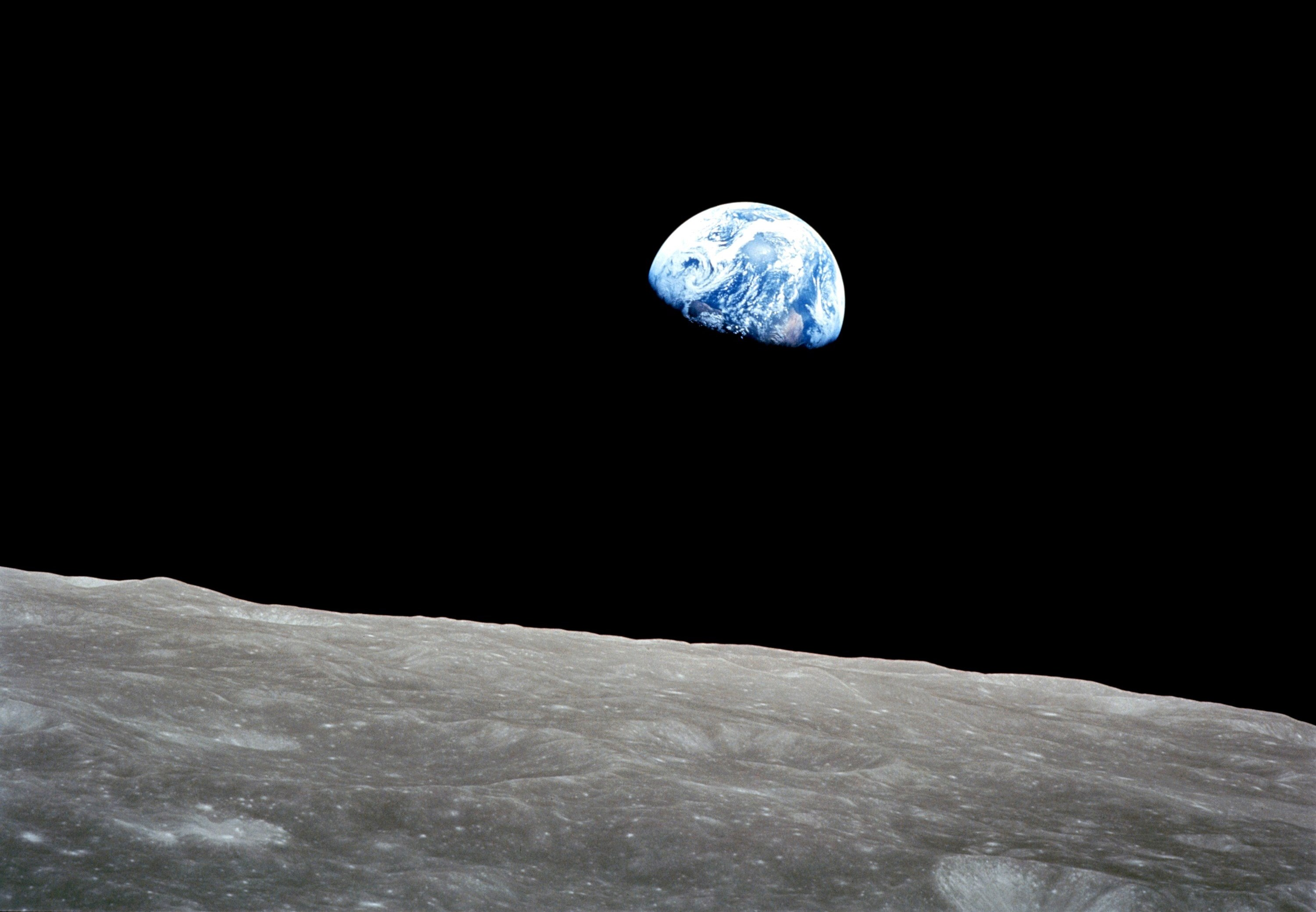 Earthrise from lunar orbit (NASA/JPL)