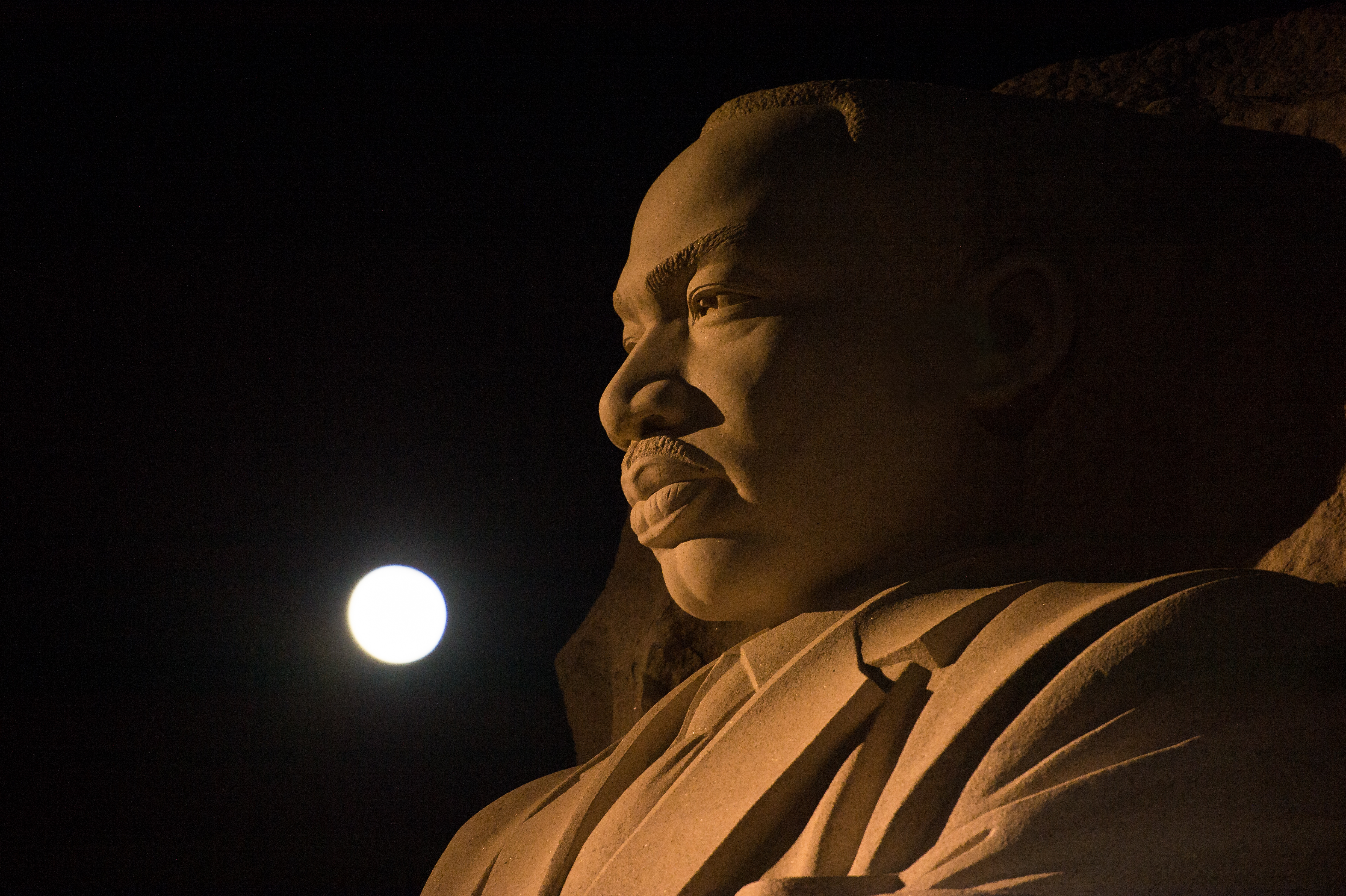 Supermoon And The Martin Luther King Jr Memorial Nasa